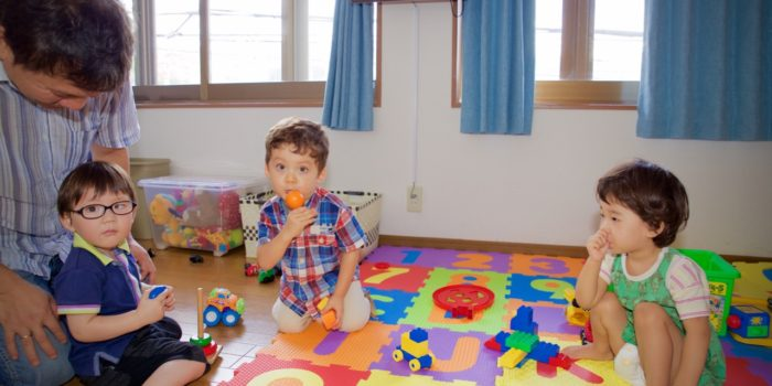 母子室(乳幼児をお連れの方のための)